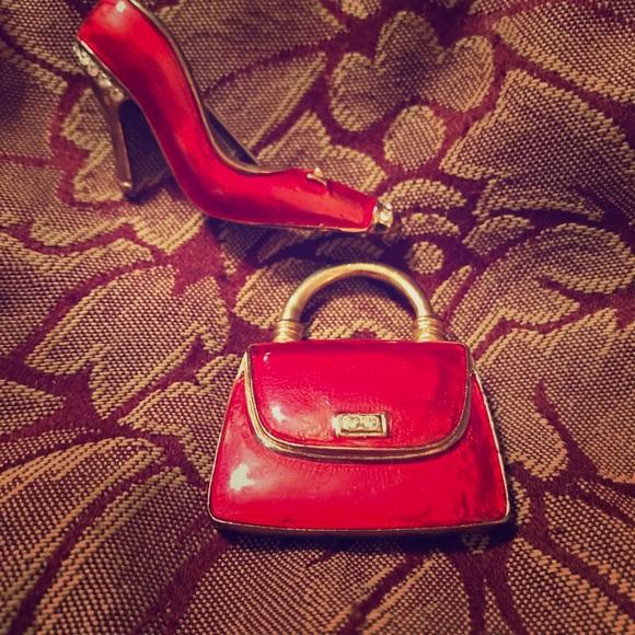 👠👛Colour Mates Red/gold purse & shoe brooch set